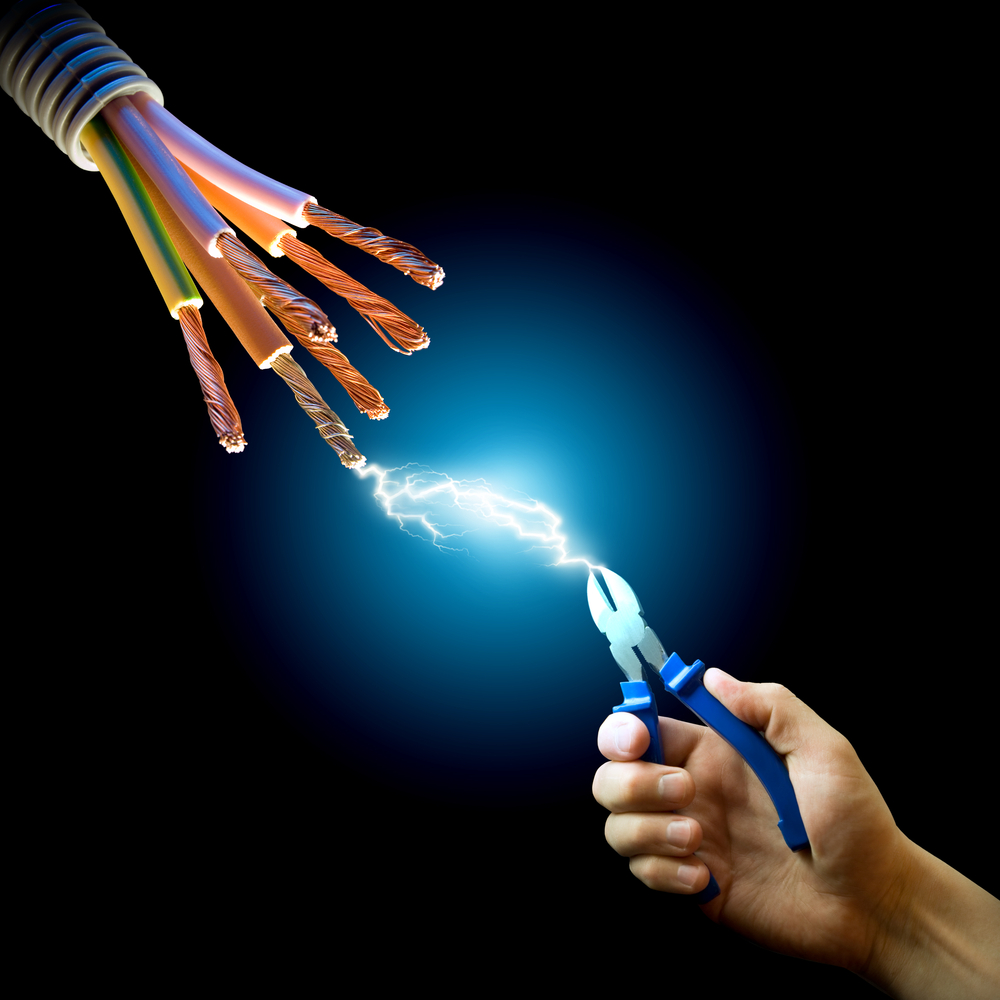 Come proteggersi dalla scossa elettrica?