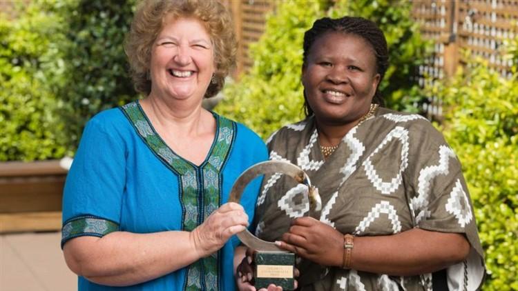 Makoma Lekalakala e Liz McDaid Premio Nobel per l'ambiente, sezione Africa.
