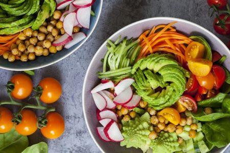 Più cibo crudo per il nostro benessere (e quello del pianeta)