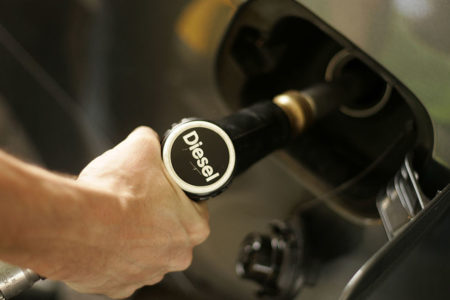 Diesel fuori dal mercato: benefici per l'ambiente, incentivi e info utili.