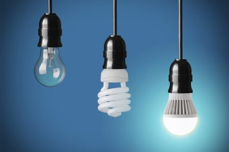 1 Settembre 2018: via le luci alogene, benvenute lampadine LED