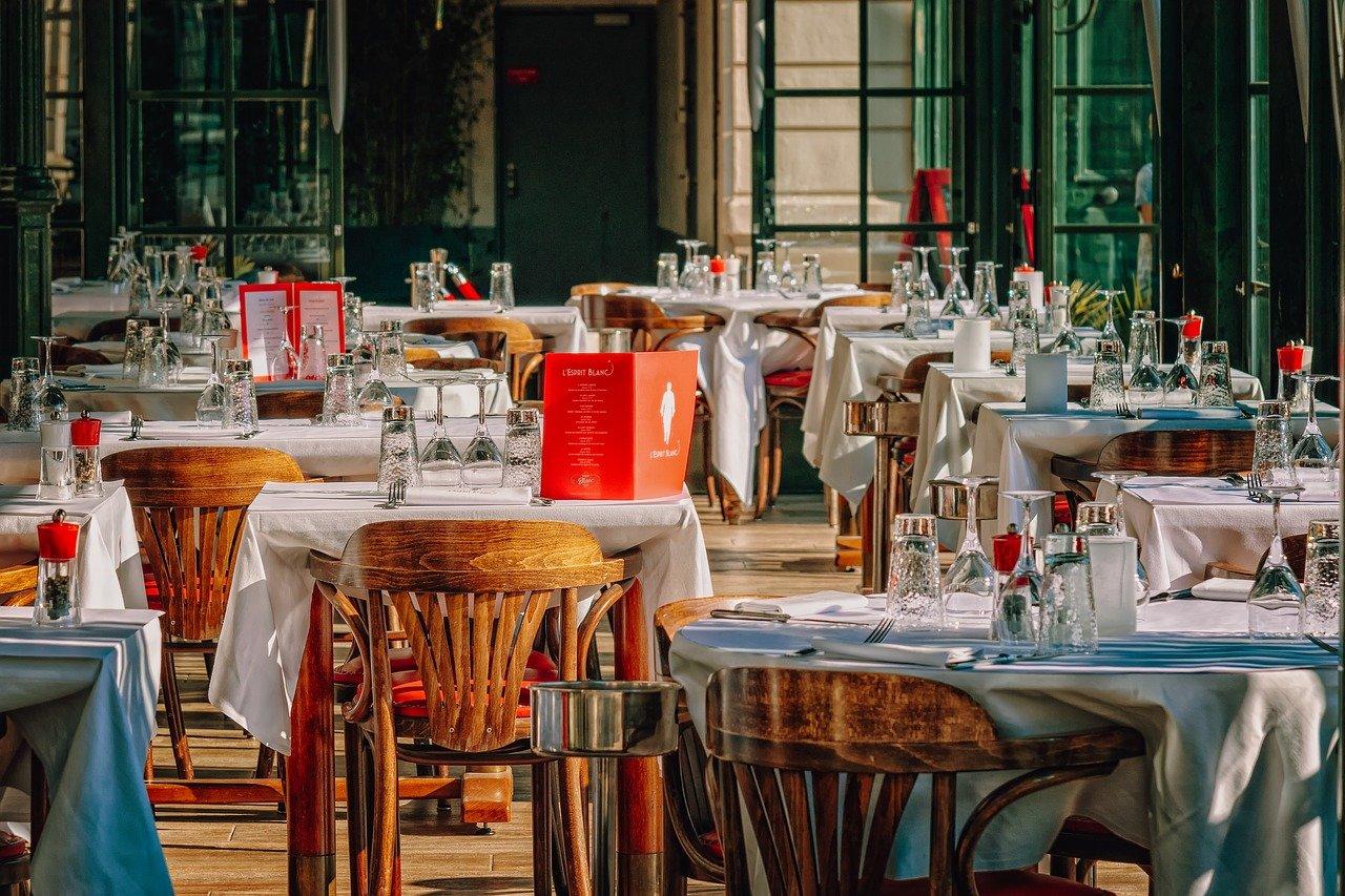 Qual è l'aliquota IVA per l'ampliamento o la ristrutturazione di un ristorante?
