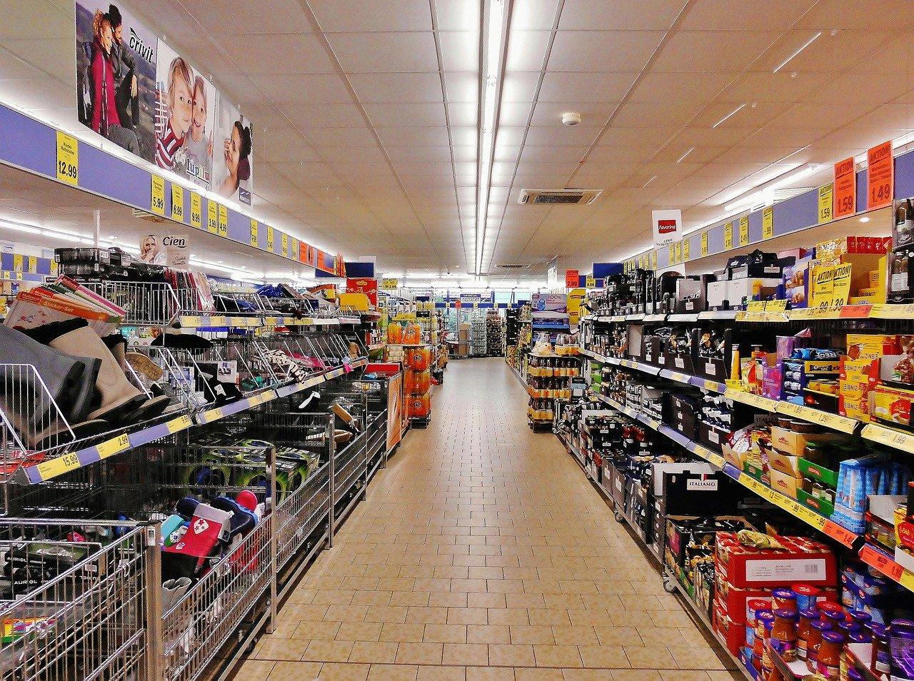 Supermercati più cari ed economici d'Italia? Ecco l'indagine di Altroconsumo